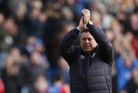 Britain Soccer Football - Crystal Palace v Leicester City - Premier League - Selhurst Park - 15/4/17 Leicester City manager Craig Shakespeare applauds fans after the match Action Images via Reuters / John Sibley Livepic