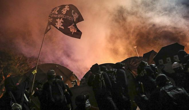 The worst days for tourist arrivals in November were when clashes broke out between radical protesters and police at Chinese University and Polytechnic University in Hong Kong. Photo: Sam Tsang