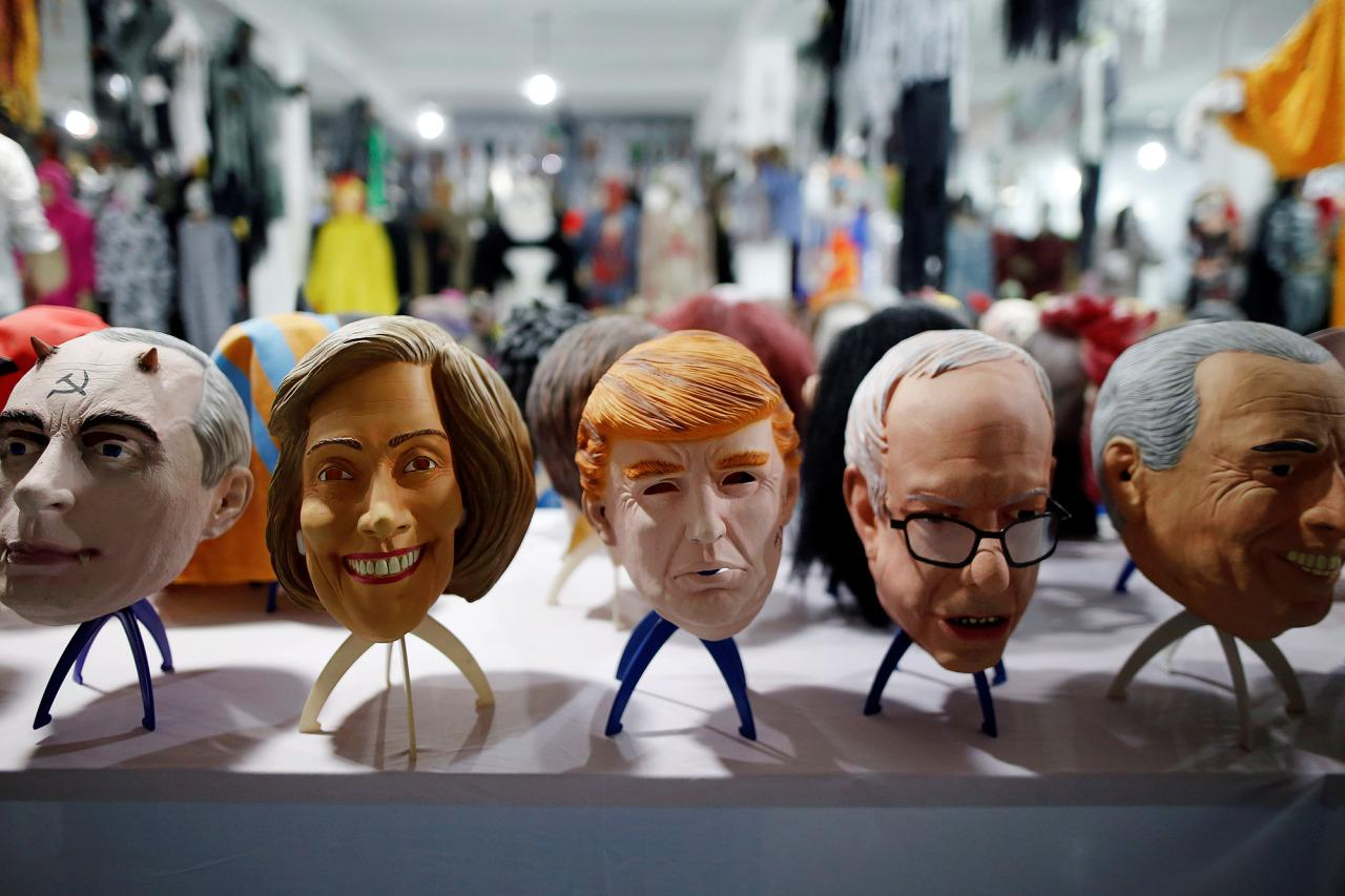 <p>Masks of different politicians are displayed in the showroom of Jinhua Partytime Latex Art and Crafts Factory in Jinhua, China, on May 25, 2016. (Photo: Aly Song/Reuters) </p>