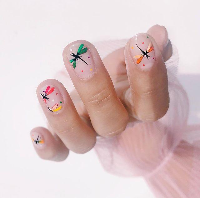 """<p>Channel your inner artist with this creative manicure. </p><p><a href=""""https://www.instagram.com/p/BzVx6mOHtKe/"""" rel=""""nofollow noopener"""" target=""""_blank"""" data-ylk=""""slk:See the original post on Instagram"""" class=""""link rapid-noclick-resp"""">See the original post on Instagram</a></p>"""