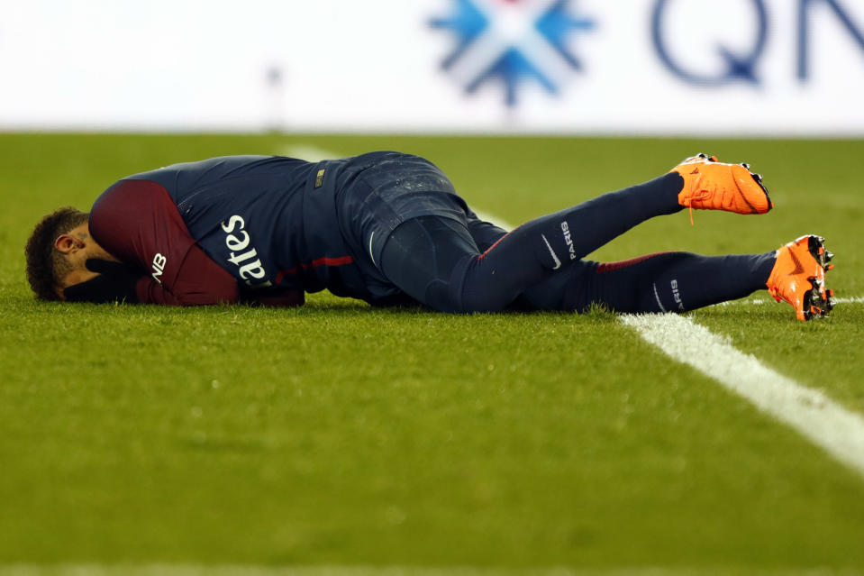 Neymar fractured his fifth metatarsal and sprained his ankle late in a 3-0 win over Marseille. (Getty)