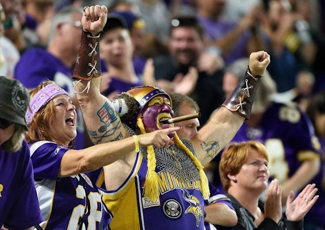 "<a class=""link rapid-noclick-resp"" href=""/nfl/teams/min/"" data-ylk=""slk:Minnesota Vikings"">Minnesota Vikings</a> fans, probably early last season when their team could do no wrong. (Photo by Hannah Foslien/Getty Images)"