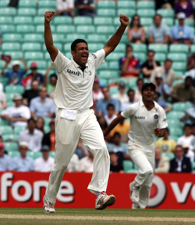 <p>Anil Kumble celebrates the wicket of Alastair Cook in 2007<br></p>