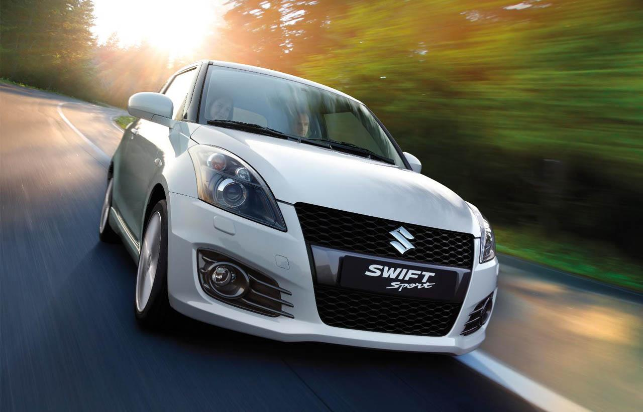 Maruti Suzuki lead throughout the year, selling 88,633 units on an average every month.