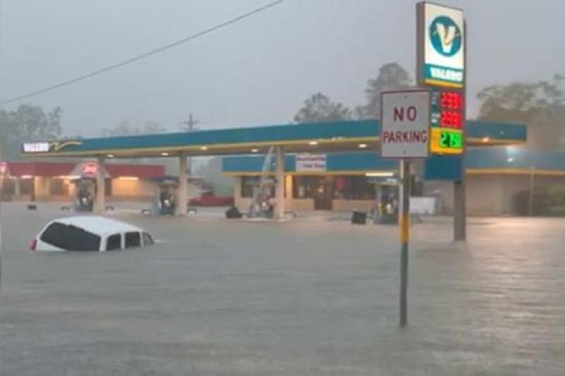 Flights Cancelled, Airport Flooded, Roads Submerged: Houston Weather Update Ahead of 'Howdy Modi'
