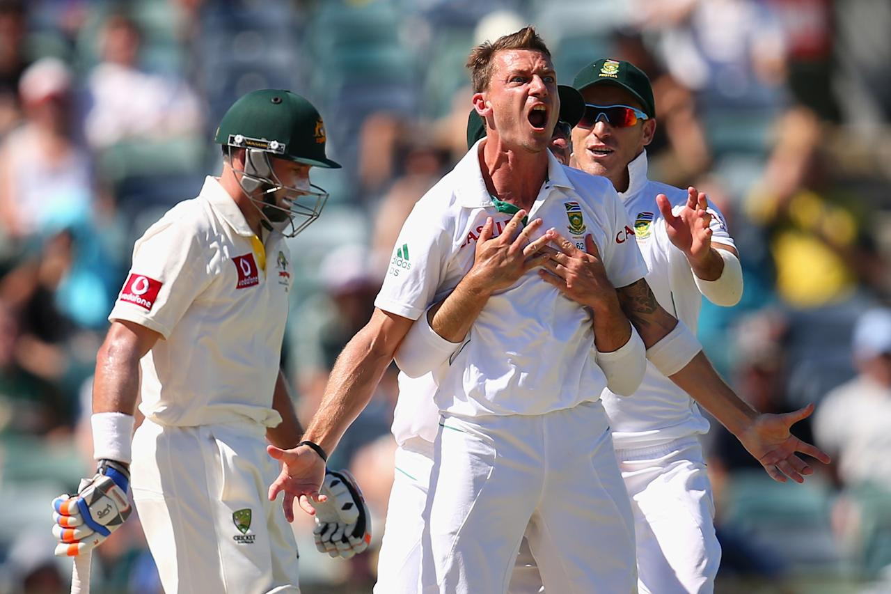 PERTH, AUSTRALIA - DECEMBER 03:  Dale Steyn of South Africa celebrates dismissing Michael Hussey of Australia during day four of the Third Test Match between Australia and South Africa at WACA on December 3, 2012 in Perth, Australia.  (Photo by Cameron Spencer/Getty Images)