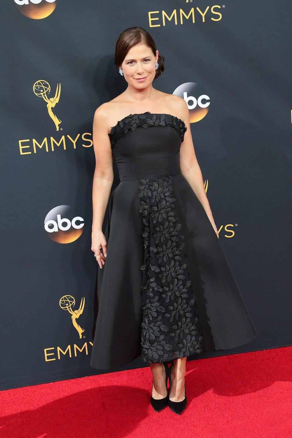 <p>Styled by Cristina Ehrlich, Maura Tierney opted for a tea-length dress instead of the typical floor-length gown. <em>(Photo: Getty Images)</em></p>