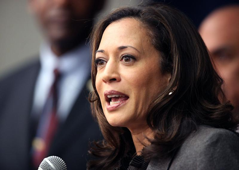 """FILE - This Nov. 16,2012 file photo shows California Attorney General Kamala Harris speaking during a news conference in Los Angeles. President Barack Obama praised Harris for more than her smarts and toughness at a Democratic Party event Thursday, April 4, 2013. The president also commended Harris for being """"the best-looking attorney general"""" during a Democratic fundraising lunch in the Silicon Valley.(AP Photo/Richard Vogel,File)"""