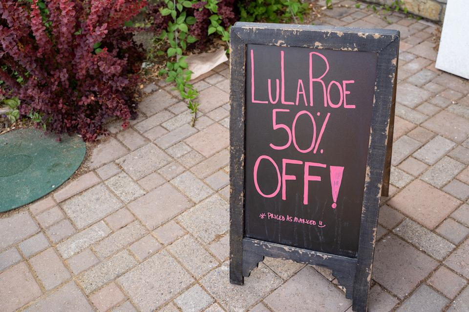 Sign for Lularoe on sale for 50 percent off. (Photo: Getty)