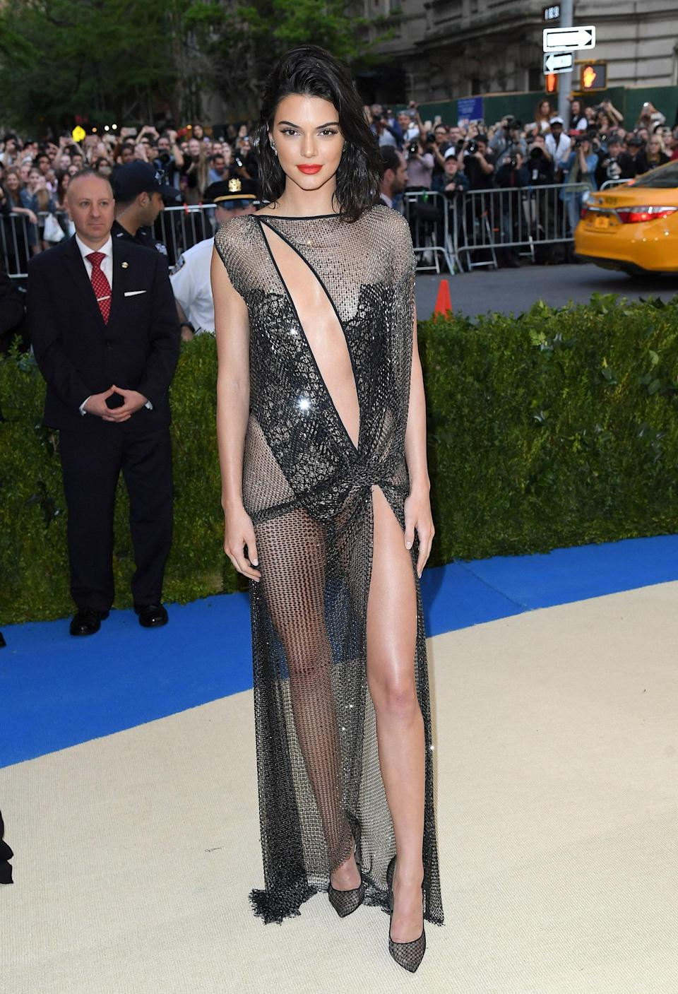 """<h1 class=""""title"""">Kendall Jenner in La Perla, 2017</h1><cite class=""""credit"""">Photo: Getty Images</cite>"""