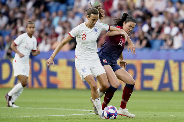 (L-R) Jill Scott of England Women, Ingrid Syrstad Engen of Norway Women during the World Cup Women match between Norway v England at the Stade Oceane on June 27, 2019 in Le Havre France. (Photo by Geert van Erven/Soccrates/Getty Images)