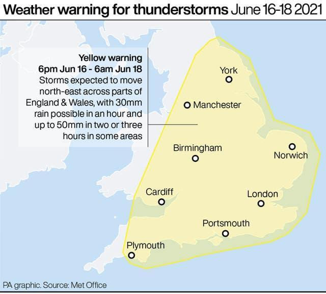 Weather warning for thunderstorms June 16-18 2021