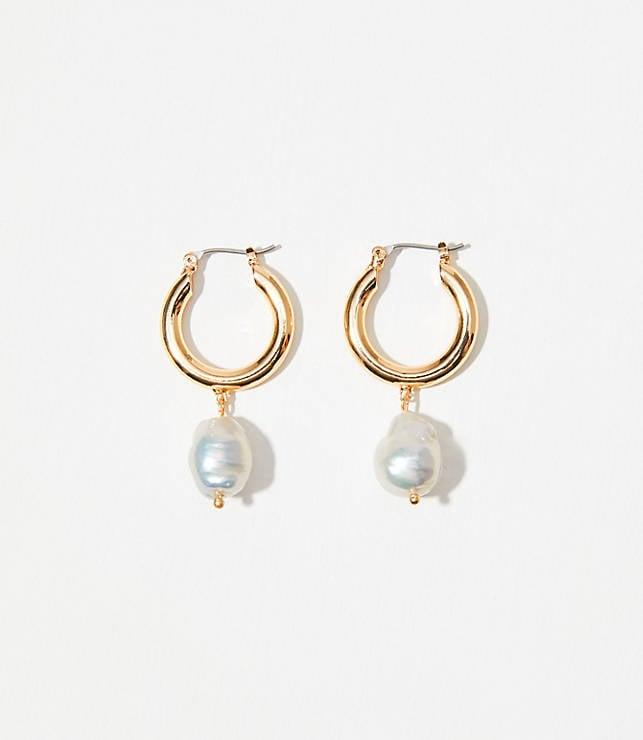 "<p><a href=""https://www.popsugar.com/buy/Loft-Pearlized-Hoop-Earrings-497261?p_name=Loft%20Pearlized%20Hoop%20Earrings&retailer=loft.com&pid=497261&price=30&evar1=fab%3Aus&evar9=46708649&evar98=https%3A%2F%2Fwww.popsugar.com%2Ffashion%2Fphoto-gallery%2F46708649%2Fimage%2F46709055%2FLoft-Pearlized-Hoop-Earrings&list1=shopping%2Cjewelry%2Cearrings%2Cunder%20%2450%2Caffordable%20shopping%2Cjewelry%20shopping&prop13=mobile&pdata=1"" rel=""nofollow"" data-shoppable-link=""1"" target=""_blank"" class=""ga-track"" data-ga-category=""Related"" data-ga-label=""https://www.loft.com/pearlized-hoop-earrings/523238?skuId=28546504&amp;defaultColor=3019&amp;catid=catl000023"" data-ga-action=""In-Line Links"">Loft Pearlized Hoop Earrings</a> ($30)</p>"