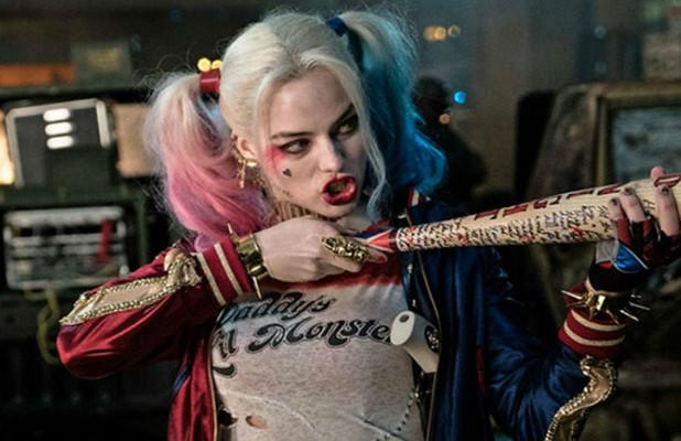 Does 'Birds of Prey' Trailer of Margot Robbie as Harley Quinn Hint at a Batman Cameo? (Video)