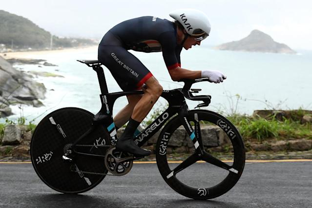 Britain's Geraint Thomas cycles during the Men's Individual Time Trial event at the Rio 2016 Olympic Games in Rio de Janeiro on August 10, 2016. (AFP Photo/Bryn Lennon)