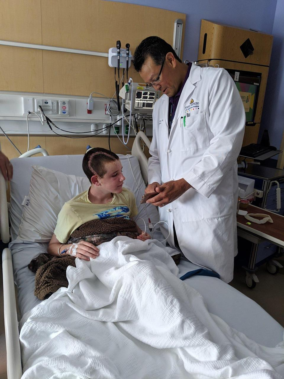 Florida Teen Survives After Boat Anchor Impales His Head: 'That's One in a Million'