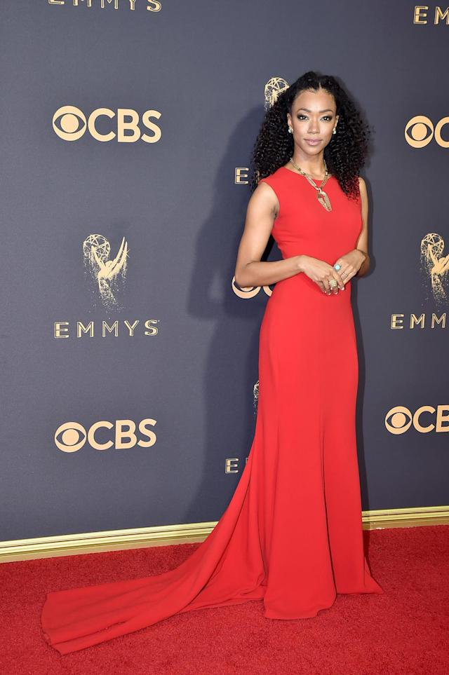 <p>Sonequa Martin-Green's elegant, curly hairstyle needs to be added to your next hair-inspiration mood board. (Photo: Jeff Kravitz/FilmMagic) </p>