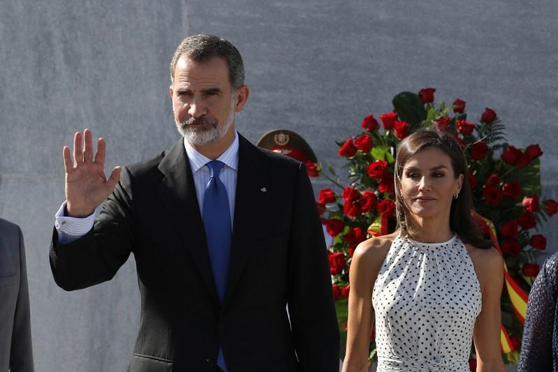 Spain's King Felipe and Queen Letizia attend a wreath-laying ceremony at the Jose Marti monument in Havana