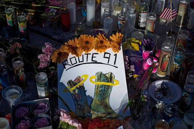 A makeshift memorial in Las Vegas near the site of Sunday night's mass shooting. (Getty Images)