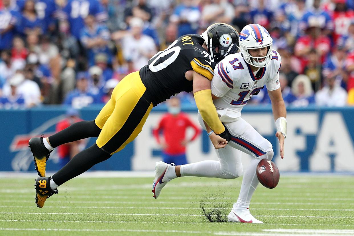 Josh Allen (17) and the Buffalo Bills still have a world of potential this season. But Sunday's loss to the Pittsburgh Steelers wasn't a good start. (Photo by Bryan M. Bennett/Getty Images)