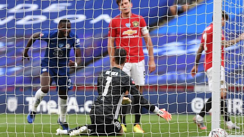 Chelsea were the beneficiaries of some goalkeeping errors from Manchester United's David de Gea
