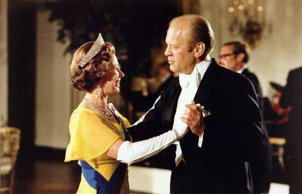 <p>A lovely photo of the Queen dancing with President Gerald Ford at the ball at the White House during the 1976 bicentennial celebrations.</p>