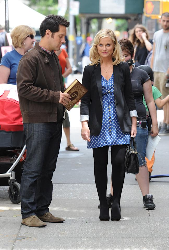Amy Poehler, Paul Rudd photographed filming a scene on the set of 'They Came Together' today in New York City.
