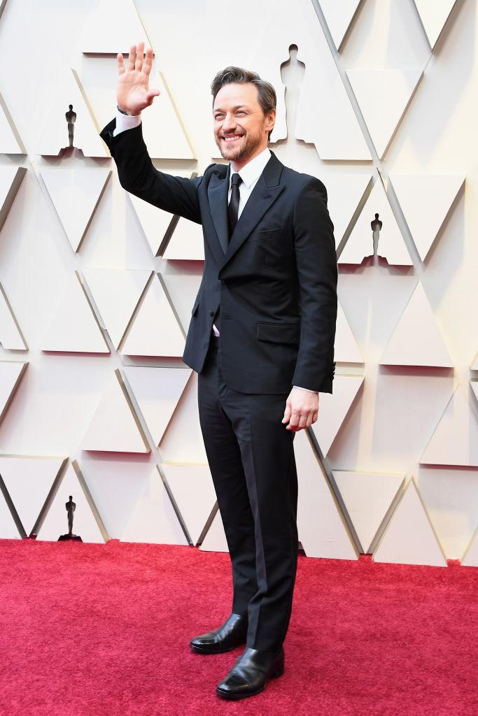 James McAvoy arriving on the red carpet before his celebrity pals got their hands on the Sharpie [Photo: Getty]