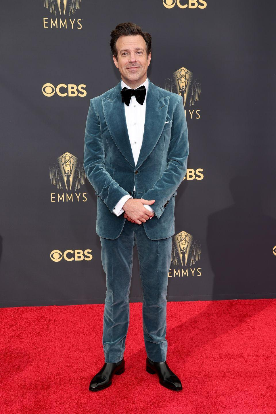 <p>From the cut to the color to the texture, Sudeikis's suit delivers on all fronts.</p><p><em>In Tom Ford</em></p>