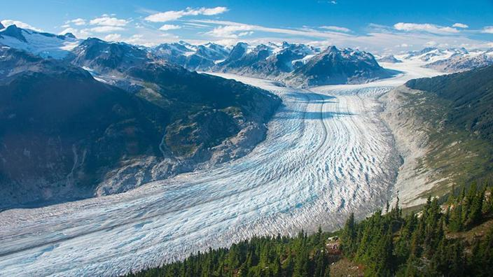 The Clinacleani Glacier is the largest glacier in Western Canada