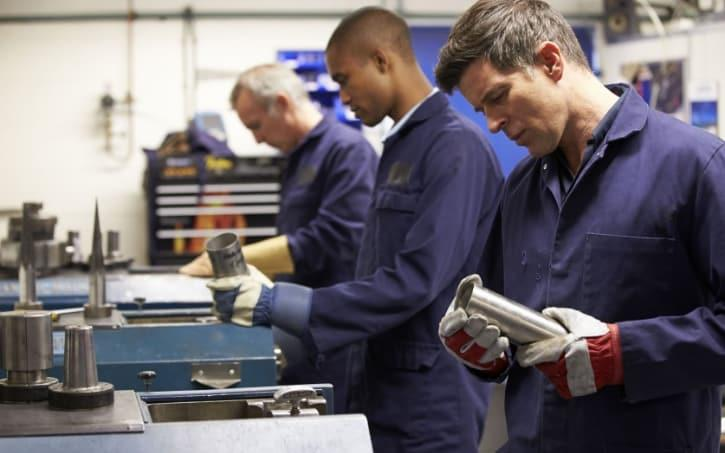 Government wants 3m people to start apprenticeships by 2020