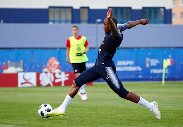 Soccer Football - World Cup - France Training - France Training Camp, Moscow, Russia - June 22, 2018 France's Djibril Sidibe during training REUTERS/Axel Schmidt