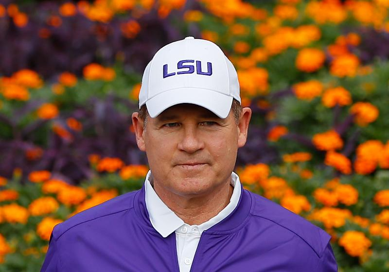 Les Miles officially hired by Fox Sports