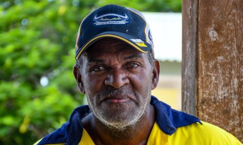 Coronavirus hits Torres Strait's traditional fishers as rock lobster market hits rock bottom