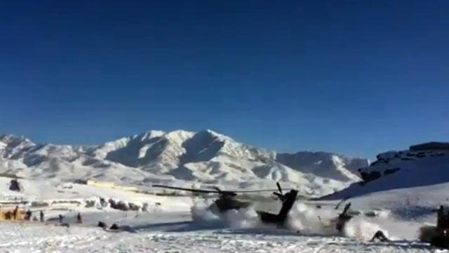 Dramatic Military Helicopter Crash Caught on Camera