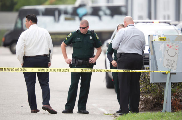 <p>A man who had been fired in April from his job at a Florida company opened fire June 5, 2017 at the Orlando-area business, killing five people before taking his own life, authorities said. (Gregg Newton/AFP/Getty Images) </p>