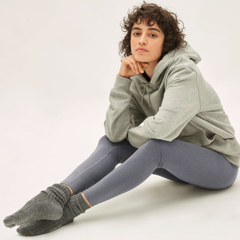 Everlane's Perform Leggings are on sale for a limited time. Image via Everlane.