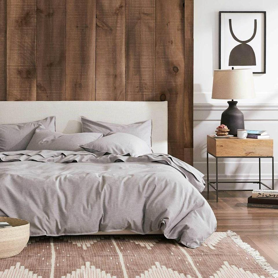 """<p><strong>Brooklinen</strong></p><p>brooklinen.com</p><p><strong>$299.00</strong></p><p><a href=""""https://go.redirectingat.com?id=74968X1596630&url=https%3A%2F%2Fwww.brooklinen.com%2Fproducts%2Fheathered-cashmere-core-sheet-set&sref=https%3A%2F%2Fwww.housebeautiful.com%2Fshopping%2Fbest-stores%2Fg35154173%2Fbrooklinen-surprise-sale-january-2021%2F"""" rel=""""nofollow noopener"""" target=""""_blank"""" data-ylk=""""slk:Shop Now"""" class=""""link rapid-noclick-resp"""">Shop Now</a></p><p><strong><del>$279</del> $237.15 (15% off)</strong></p><p>Want to stay extra cozy this winter? This set is like a cashmere sweater for your bed.</p>"""