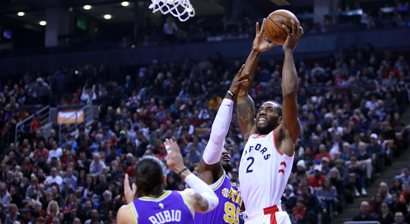 Raptors' Kawhi Leonard scores career-high vs. Jazz