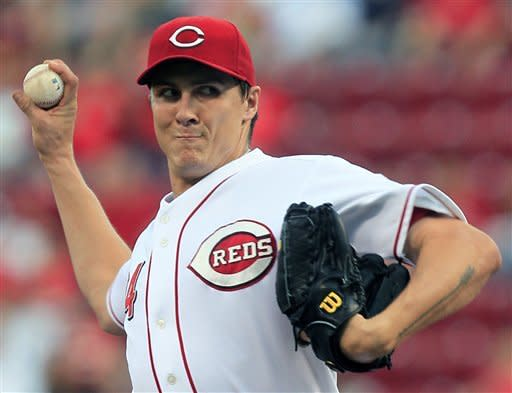Cincinnati Reds starting pitcher Homer Bailey throws to a Houston Astros batter in the first inning of a baseball game, Friday, Sept. 7, 2012, in Cincinnati. (AP Photo/Al Behrman)