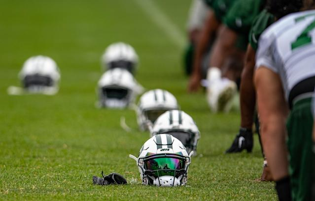 Frank Schwab dissects the New York Jets and whether or not they can turn a corner with a collection of new quarterbacks at the helm.