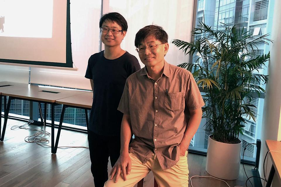Playwright Tan Tarn How (right) and graphic novelist Sonny Liew pose for photos at a panel discussion entitled 'Literature As Dissent' at 60 Anson Road on Tuesday, 28 August 2018. (PHOTO: Nicholas Yong/Yahoo Lifestyle Singapore)