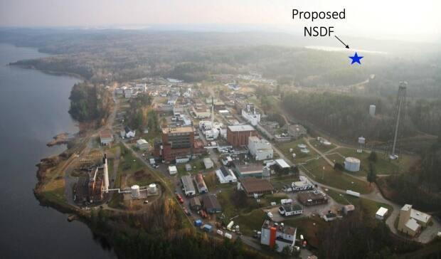 The near surface disposal facility (NSDF) proposed by the privately owned Canadian Nuclear Laboratories would be on a ridge less than one kilometre from the Ottawa River, not far from Chalk River Laboratories in the foreground.
