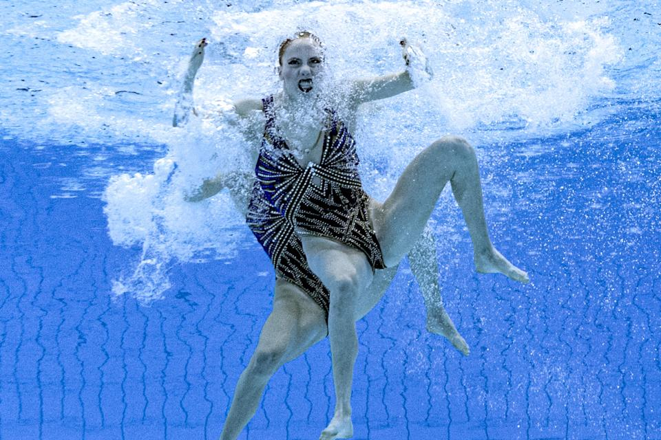 <p>TOPSHOT - An underwater view shows Netherlands' Bregje De Brouwer and Netherlands' Noortje De Brouwer compete in the preliminary for the women's duet free artistic swimming event during the Tokyo 2020 Olympic Games at the Tokyo Aquatics Centre in Tokyo on August 2, 2021. (Photo by François-Xavier MARIT / AFP) (Photo by FRANCOIS-XAVIER MARIT/AFP via Getty Images)</p>
