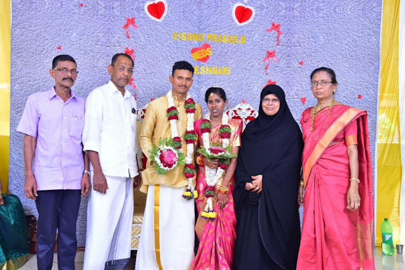 Muslim Couple Conducts Temple Wedding for Their Adopted Hindu Daughter in Kerala