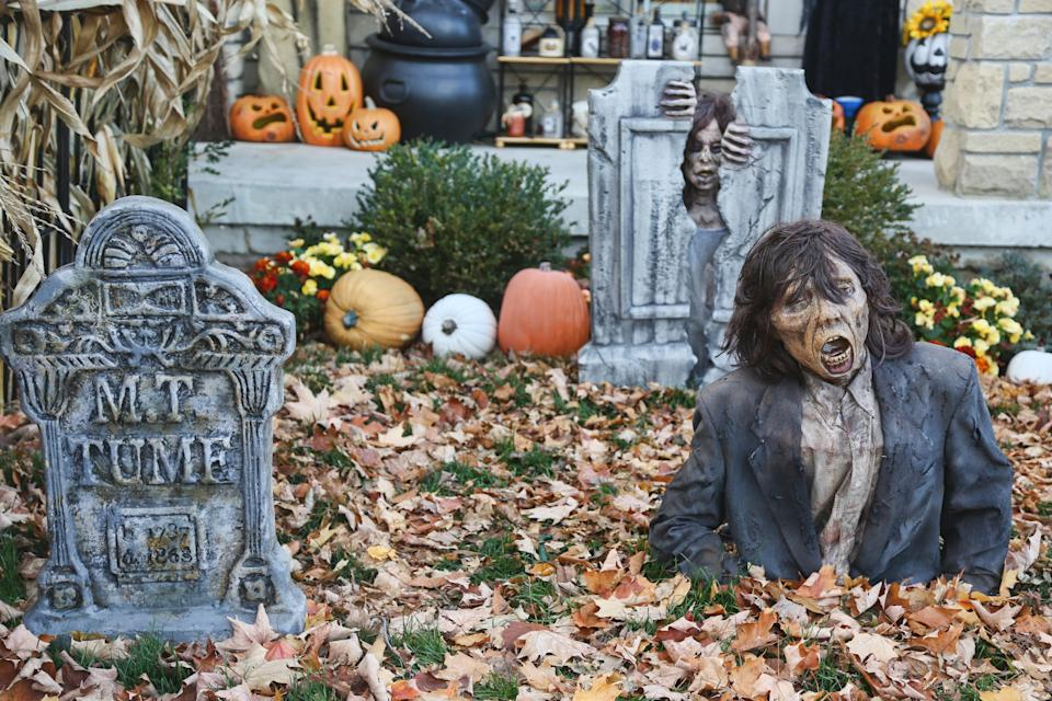 Scary Halloween decorations outside the Thornhill Woods Haunted House during the COVID-19 pandemic in Thornhill, Ontario, Canada, on October 20, 2020. (Photo by Creative Touch Imaging Ltd./NurPhoto via Getty Images)