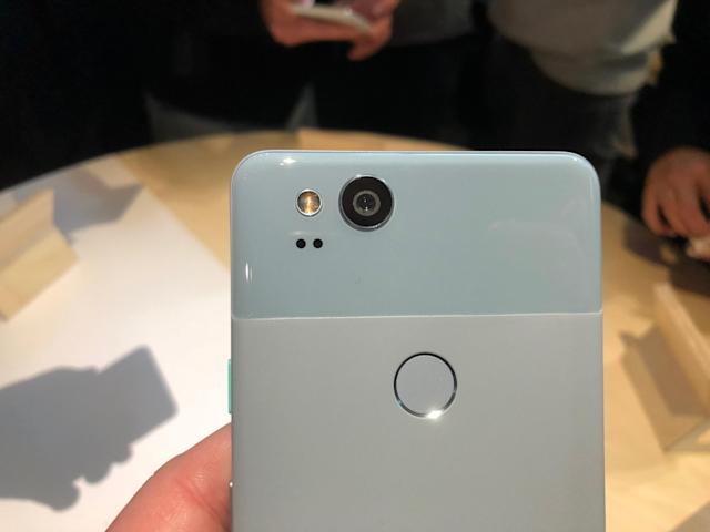 The Pixel 2 and Pixel 2 XL share the same 12-MP camera.