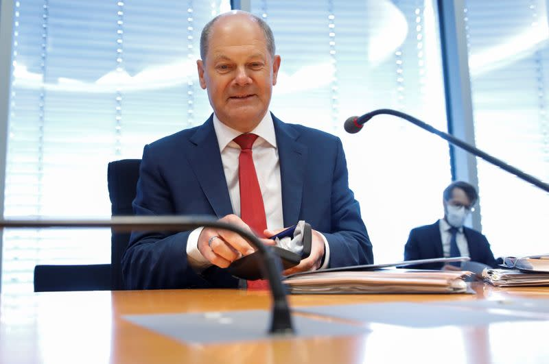 German lawmakers grill Scholz, Altmaier over Wirecard scandal