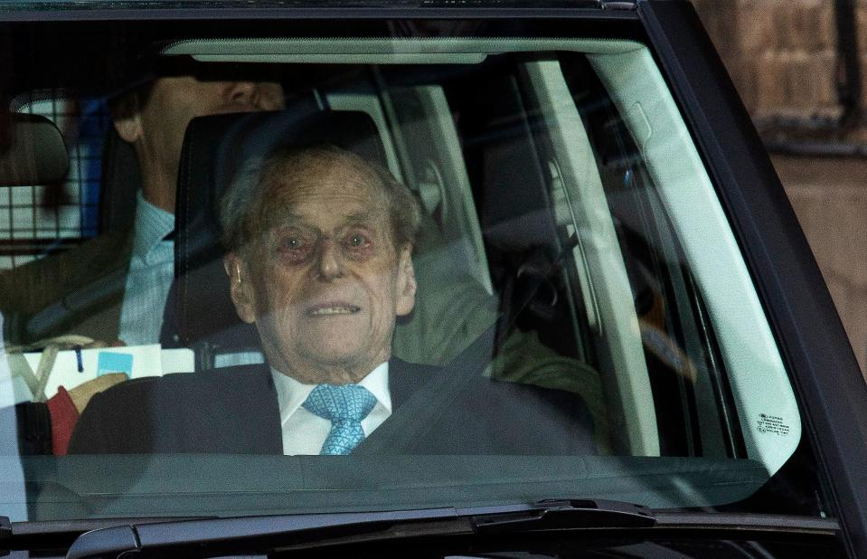 TOPSHOT - Britain's Prince Philip, Duke of Edinburgh leaves the King Edward VII hospital in west London on December 24, 2019. - Britain's Prince Philip left a London hospital on December 24, 2019, after a four-night stay that renewed concern about the 98-year-old's health, in time to join the royal family for Christmas. (Photo by STRINGER / AFP) (Photo by STRINGER/AFP via Getty Images)