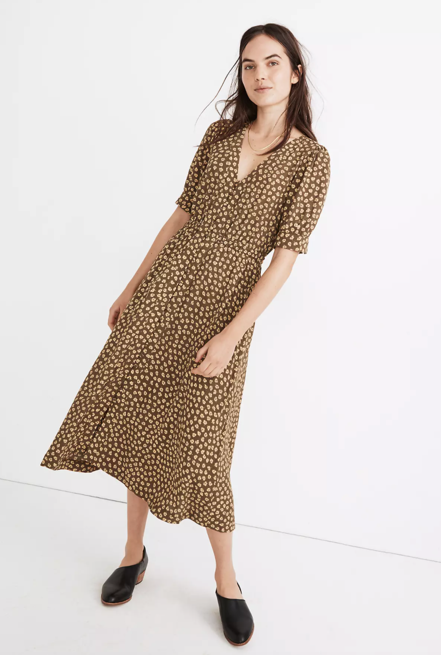 "<br><br><strong>Madewell</strong> Button-Cuff Midi Dress in Woodcut Flowers, $, available at <a href=""https://go.skimresources.com/?id=30283X879131&url=https%3A%2F%2Fwww.madewell.com%2Fbutton-cuff-midi-dress-in-woodcut-flowers-MB203.html%3Fdwvar_MB203_color%3DPP0162%26cgid%3Dsale-40-off-fall-favorites%23prefn1%3DisBackroom%26prefv1%3Dfalse%26srule%3DBest-Sellers%26start%3D20%26sz%3D36"" rel=""nofollow noopener"" target=""_blank"" data-ylk=""slk:Madewell"" class=""link rapid-noclick-resp"">Madewell</a>"